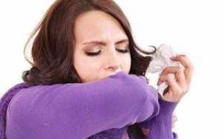Сухой кашель у взрослых: причины сильных приступообразных позывов до рвоты, без температуры, если не откашливается, ночью, как перевести во влажный