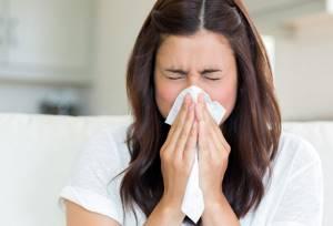 Порошки от простуды: что выбрать при гриппе, недорогие и эффективные варианты, список лучших, парацетамолсодержащие и противовирусные, Звёздочка, Максиколд, Викс и другие