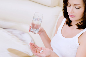Опасен ли кашель при беременности, и как влияет на плод