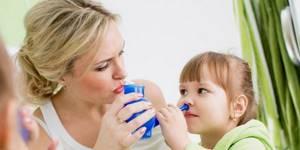 Промывание носа солевым раствором в домашних условиях