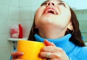 Полоскание горла перекисью водорода: пропорции, лечение, как развести