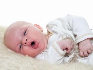 Обструктивный бронхит у детей: что это такое, причины возникновения, роль психосоматики, симптомы, как протекает у грудничка, клинические рекомендации по лечению
