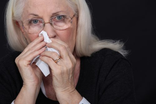 Не проходит насморк: почему долго сохраняется, сколько должен длиться, что делать взрослому человеку и ребенку, если симптомы сохраняются дольше 2 недель