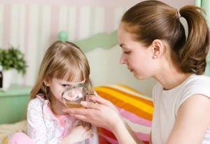 Доктор Тайсс: инструкция по применению таблеток, сиропа и других препаратов от кашля, обзор отзывов, использование при беременности, для детей, аналоги