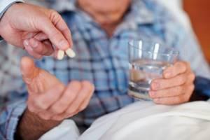 Инструкция по применению сиропа Омнитус: как принимать от сухого кашля, до еды или после, дозировка, сравнение с таблетками и что лучше из аналогов
