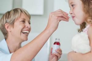 Менингококцемия: что это такое, симптомы у детей и взрослых, особенности сыпи, молниеносная форма болезни, неотложная помощь, лечение