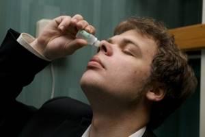 Капли от насморка: эффективные и недорогие, которые лечат, лучшие средства при заложенности носа, увлажняющие, масляные, с эвкалиптом, не сосудосуживающие