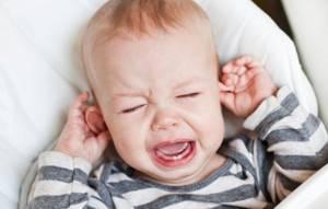 Гнойный отит у ребенка, симптомы и лечение болезни