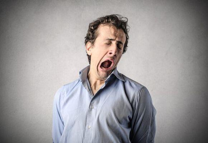 Не хватает воздуха: при дыхании, вдохе, зевоте, засыпании, причины у взрослых и подростков, что делать если задыхаешься, лечение недуга