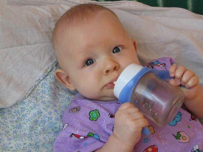 Температура 39 у ребенка: что делать, почему бывает без признаков простуды, нужно ли сбивать, как быть, если лихорадка держится третий день, реакция на зубы