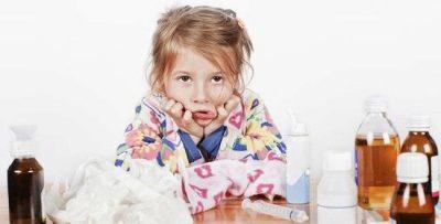 Мокрый кашель у ребенка: чем и как лечить сильный и затяжной, по ночам и утрам, у грудничка, отхаркивающие средства, народные средства