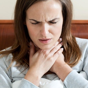 Полоскание горла содой при боли
