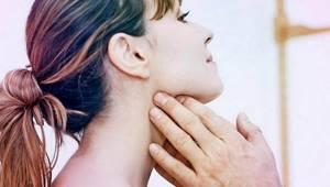 Болит горло и шея: по бокам, почему, с двух сторон