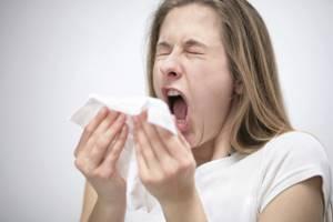 Народные средства от простуды: как и чем лечить в домашних условиях, самые эффективные методы, можно ли вылечиться без медикаментов, что можно давать детям