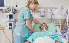 Первая неотложная помощь при асфиксии: что делать, пока не приехали врачи?