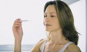 Пониженная температура тела: причины у взрослого, при простуде (ОРВИ), кашле, после болезни, при беременности у женщин, у ребенка, что делать