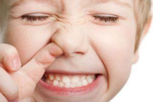 Мазь Доктор МОМ для детей: отзывы и инструкция по применению от насморка, можно ли при кашле, обзор аналогов